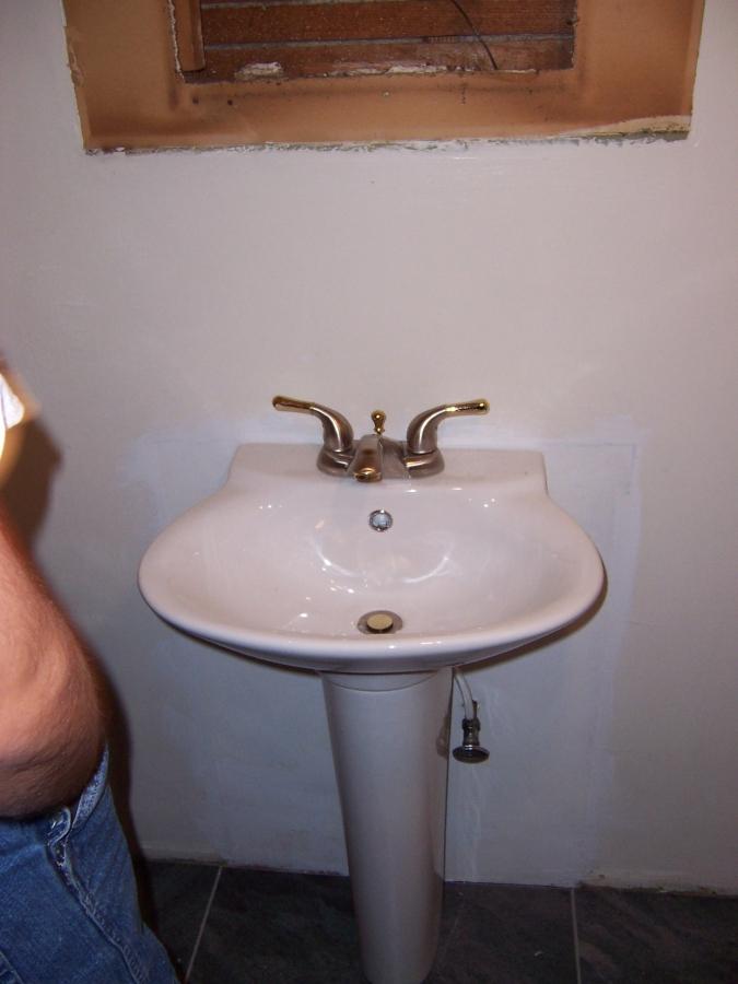 detroit house market - pedastal sink